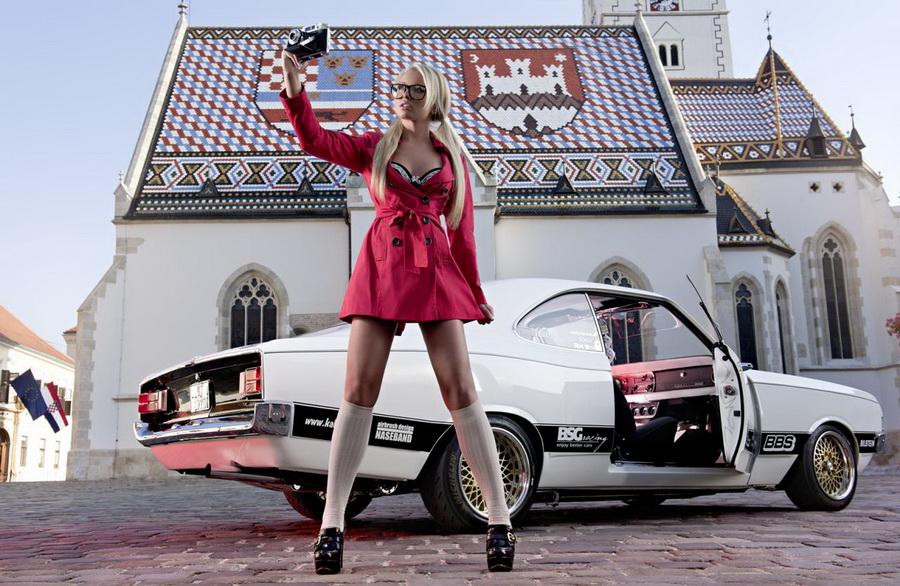 Коллекция фото: красивые девушки и спортивные автомобили.